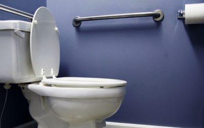 Período de festas e banheiro entupido não combinam! Procure uma desentupidora profissional