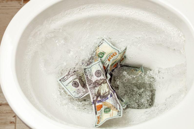 Desentupidora RJ: quais são os perigos de um orçamento abaixo da média?